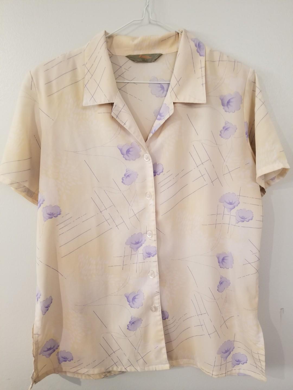 SALE - Vintage size S floral blouse with light shoulder pads
