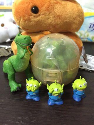 🚚 玩具總動員 躲貓貓系列 全新抱抱龍