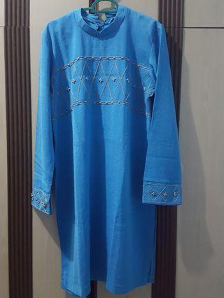 baju setelan biru