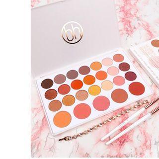 🚚 BH nouveau neutrals 26 color shadow & blush palette