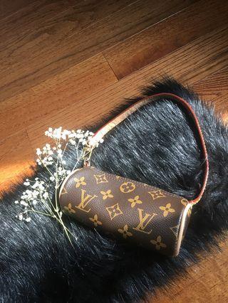 Faux Louis Vuitton