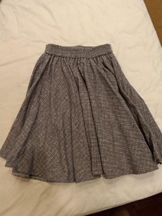 🚚 灰色長裙