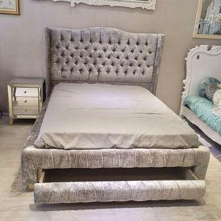 After 30% Tufted Storage Bed
