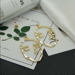 Exaggerated Personality Metal Earrings