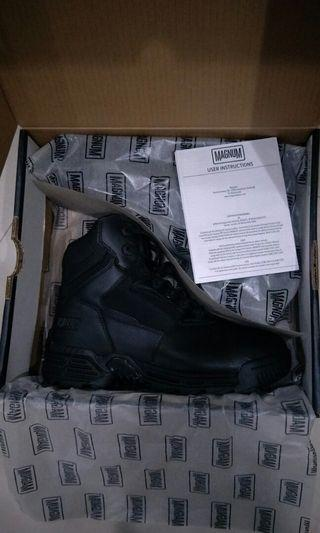 Magnum 6.0 tactical boots