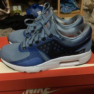 Nike Airmax Zero Essential
