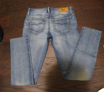 Diesel, parasuco and american eagle jeans