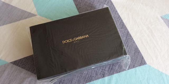 🚚 (Luxury) Dolce & Gabbana Pouch
