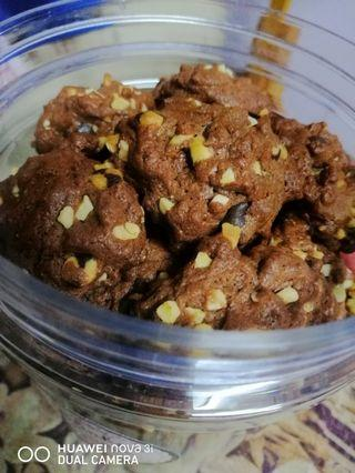 Double Chocolate Chips Cookies