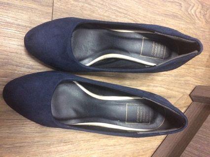 藍色絨面高踭鞋 EU 36/37