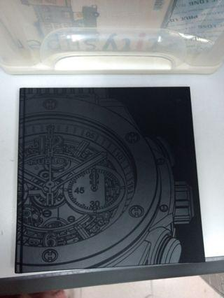 "HUBLOT THE ART OF FUSION 100% NEW (VIP BOOK) size 12"" x 12"" 1000頁"