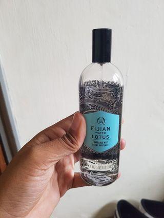 Wts Fijian water lotus