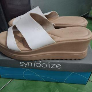 Sandal Wedges Merk Symbolize