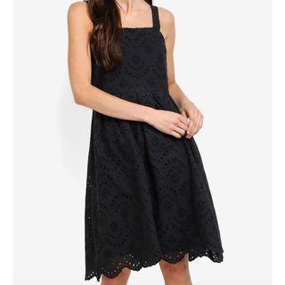 🆕Something Borrowed Cotton Eyelet Straight Neck Midi Dress