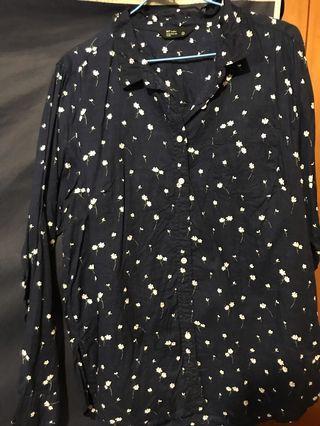 深藍小花襯衫
