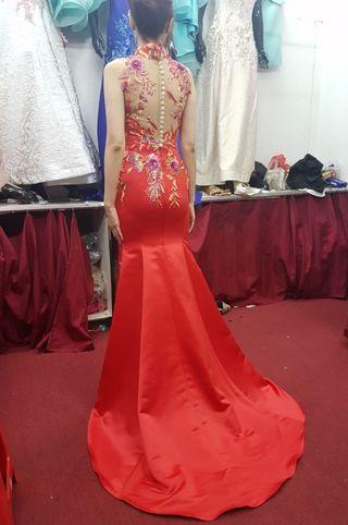Dress/ gown/ sanjit