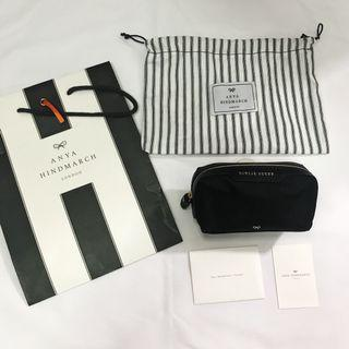 🚚 Anya Hindmarch Make up pouch