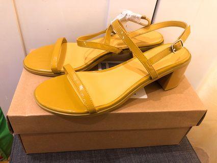 Minnie block heels