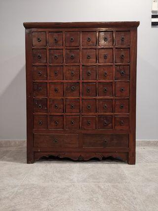 🚚 Antique traditional Chinese medicine cabinet