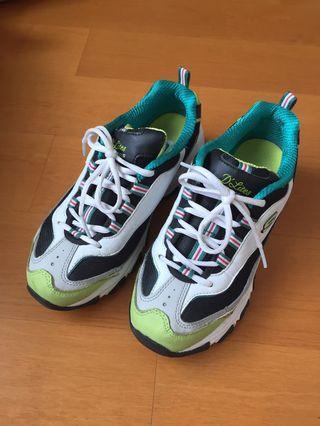 Skechers 綠色