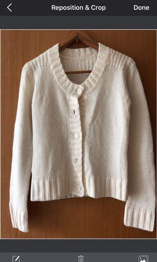 🚚 Knitted Sweater