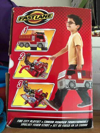 Fire Engine / City 2 in 1 Play Set
