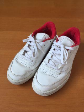 Reebok 白色 復古運動鞋