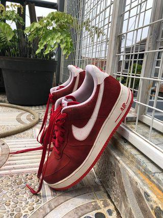 Nike Air Force 1 07 Low SS University Red