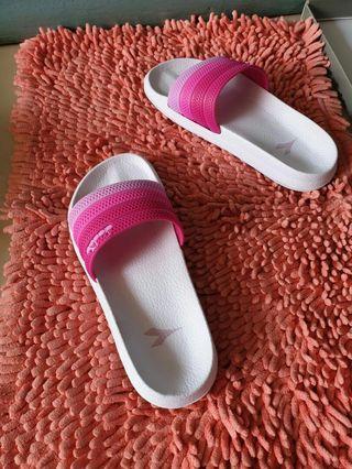 Sandal Diadora
