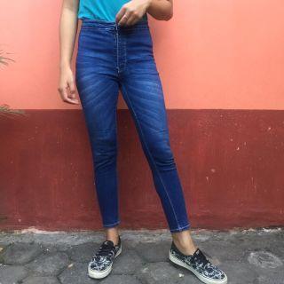 Celana Jeans Panjang Highwaist
