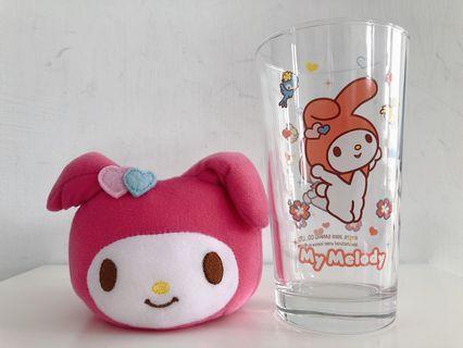 🚚 Sanrio美樂蒂玻璃杯連公仔布套