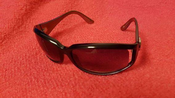 Gucci 太陽眼鏡 灰啡色