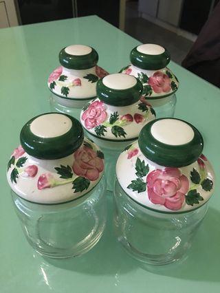 🚚 Cookie 🍪 Jars