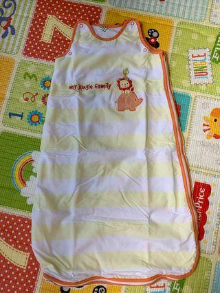 🚚 Mothercare swaddle 0-6 mths