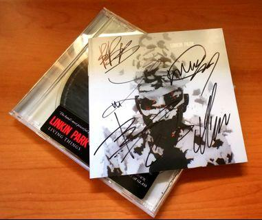 """Linkin Park """"Living Things"""" autographed cd album"""