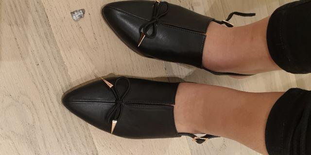 Block Heels Hitam