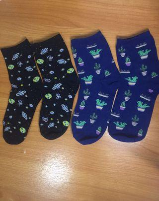 🚚 Space socks and cactus socks