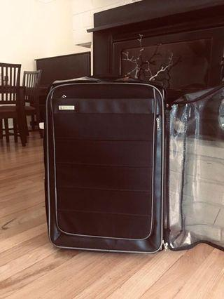 Large Carlton suitcase