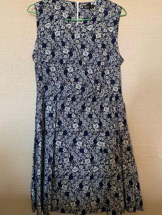 🚚 藏青色 洋裝