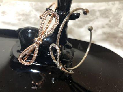 🚚 C型可調整式 蝴蝶結 鑲鑽 手環
