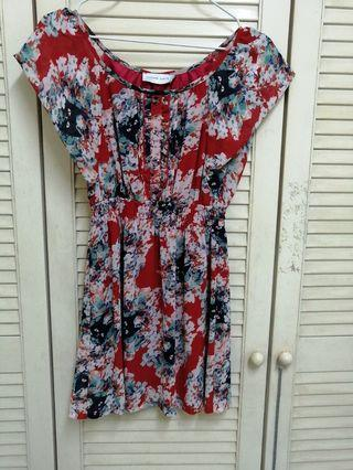 Cat floral good quality Top blouse