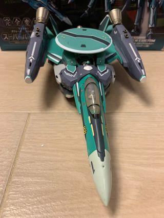 Macross Frontier 超合金DX RVF25