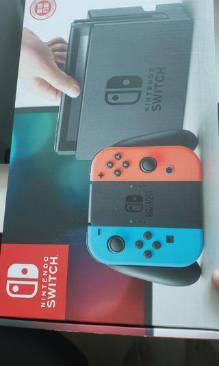 Nintendo Switch 99%新,仲有9個月保養連一隻Mario party