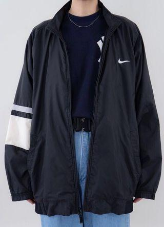🚚 Nike 古著風衣外套