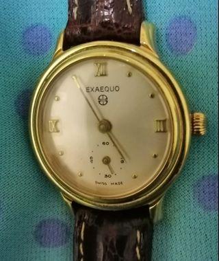 Vintage women quartz watch.