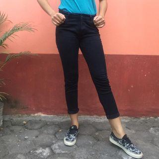 Celana Jeans Panjang Hitam