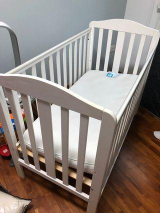 🚚 Baby Cot With Mattress (Mothercare)