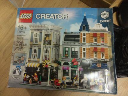 全新 Lego 10255 Assembly Square 盒殘