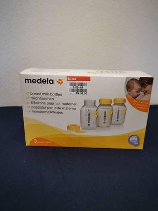 Medela milk bottles