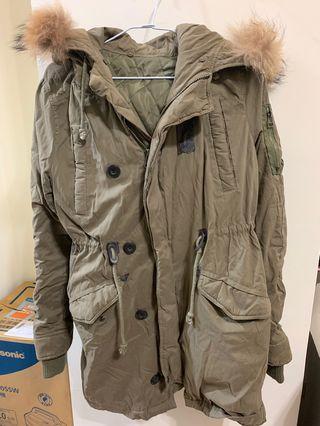 🚚 軍綠色鋪棉外套